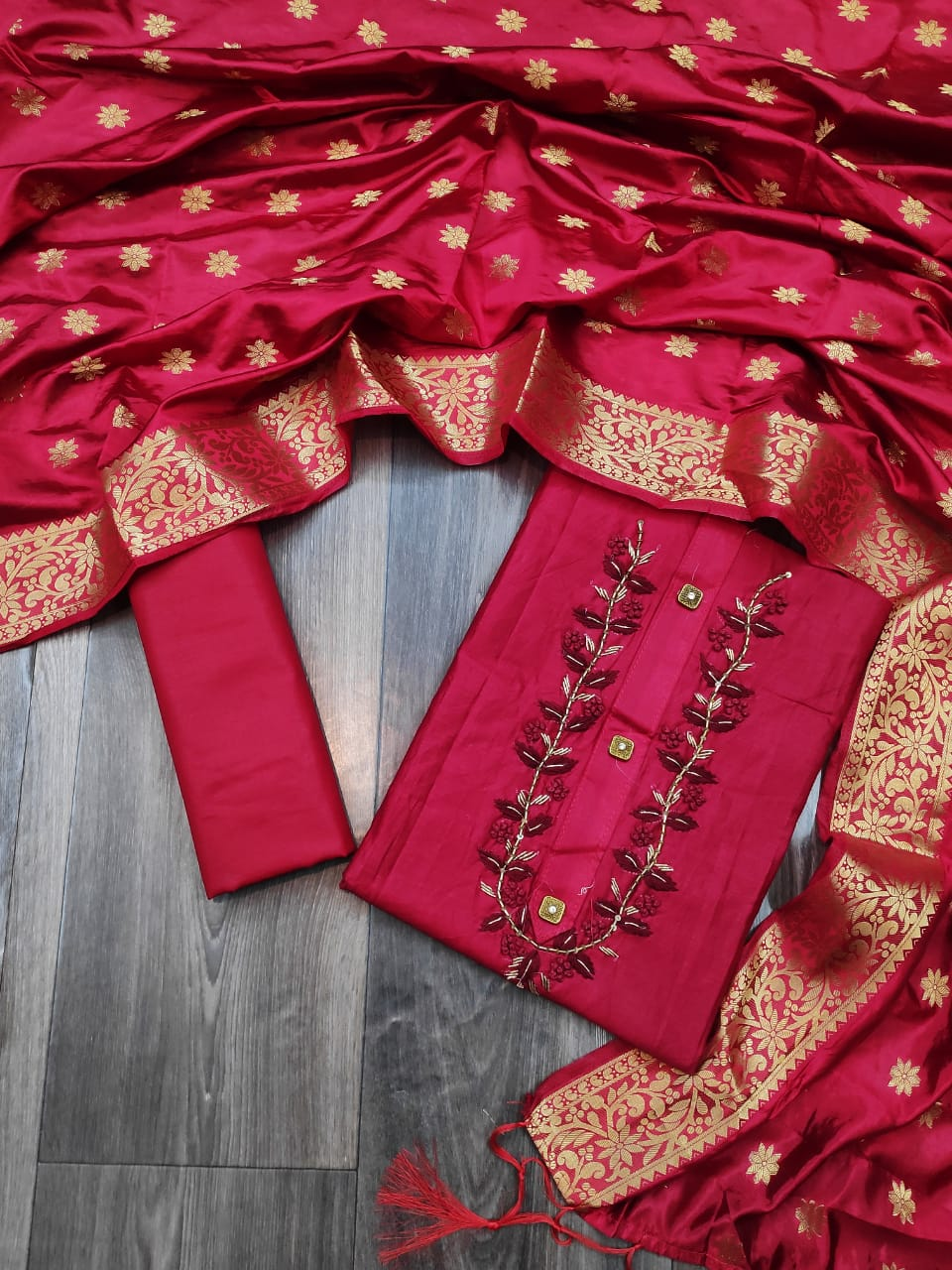 Thankar Festive Wear Jam Cotton With Banarasi Silk Duptta Dress Material Catalog at Wholesale rate